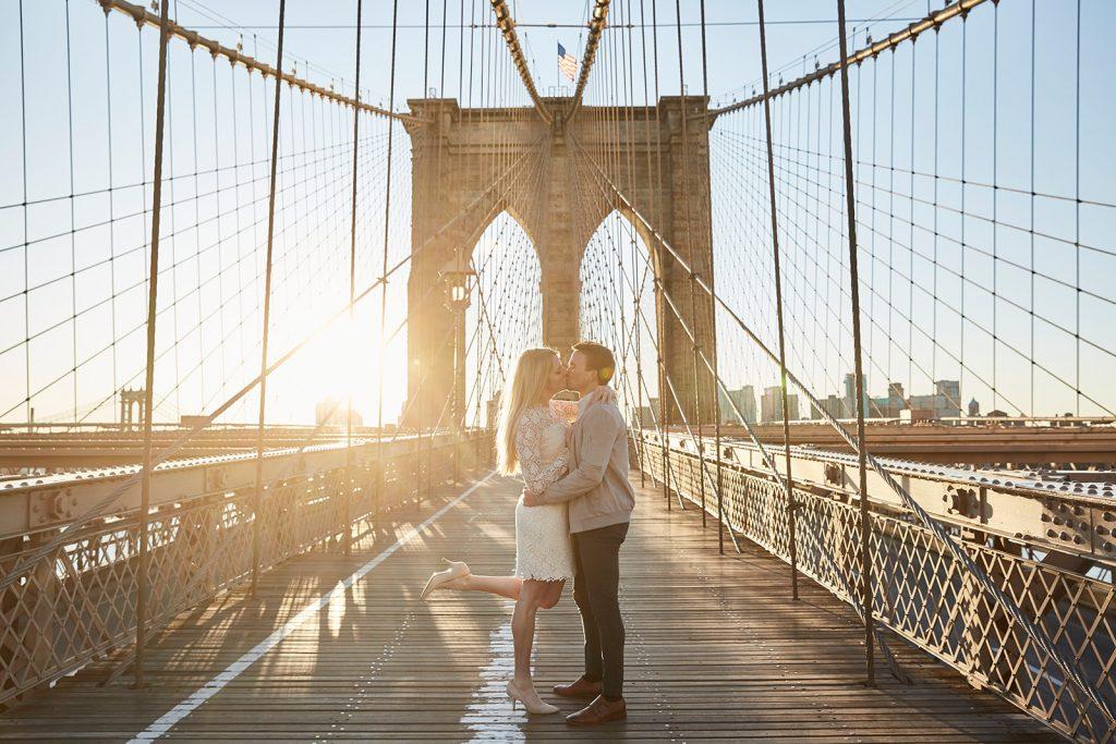 BrooklynBridge-Engagement-Photoshoot-Sashachou-photography