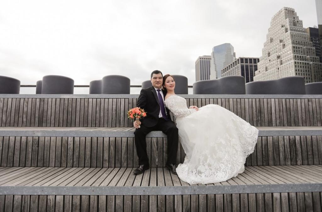 Southstreetseaport-Engagement-Photoshoot-Sashachou-photography
